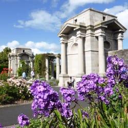 War Memorial Gardens